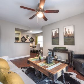 Living room at Lincoln Monarch Medical Center Apartments in Houston